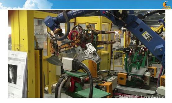 鸿栢科技孙辉:全自动汽车产线如何选择机器人螺柱焊机